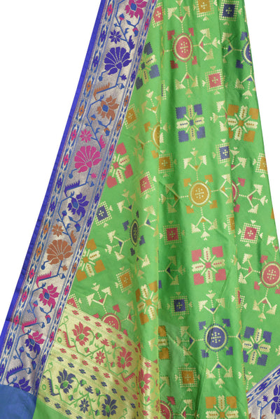 Green Banarasi Dupatta with geomatrical design (2) Close up