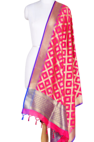 Pink Banarasi Dupatta with diamond shape motifs inside leaf jaal (1) Main