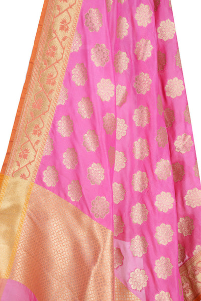 Pink Banarasi Dupatta with exquisite flower motifs (2) Close up