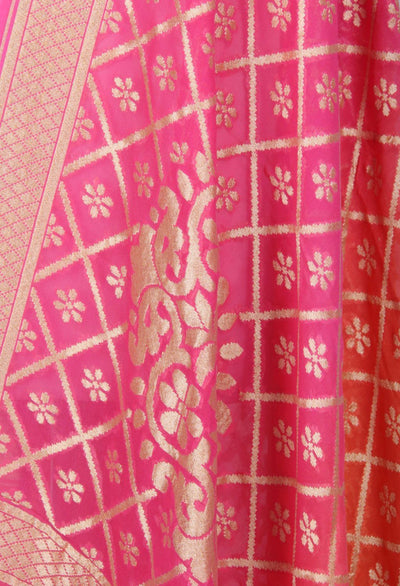 Pink and orange shaded Khaddi Georgette Banarasi dupatta with floral motifs (2) Close up