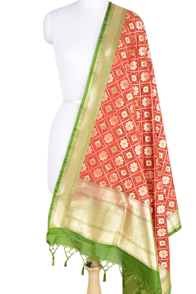 Red Art Silk Banarasi dupatta with leaf jaal (1) Main
