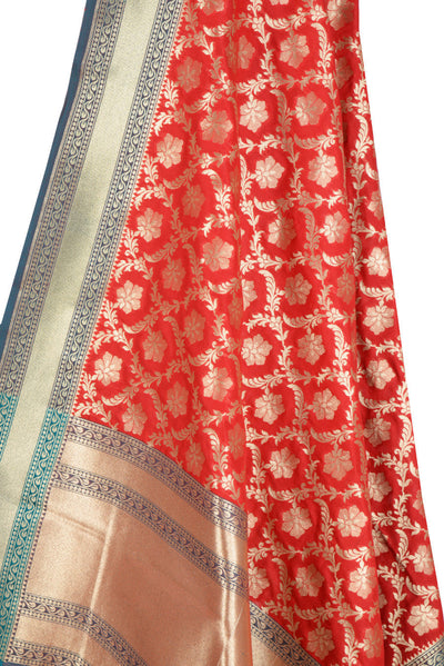 Red Banarasi Dupatta with ornamental flower and leaf jaal (2) Close up