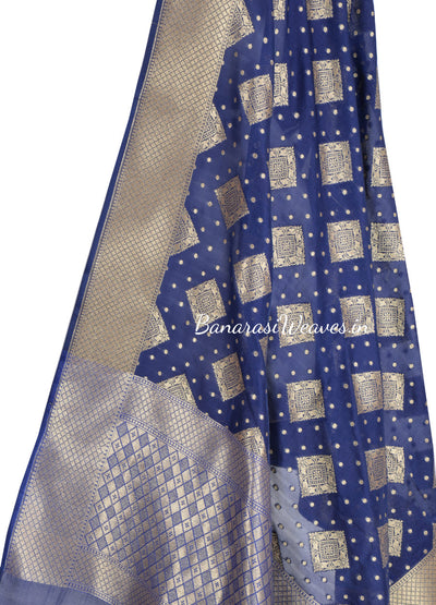 Royal Blue Banarasi dupatta with square patterned motifs (2) Close up
