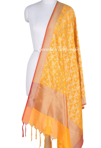 Yellow Art Silk Banarasi dupatta with leaf motifs in artistic floral jaal (1) Main