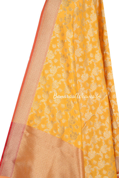 Yellow Art Silk Banarasi dupatta with leaf motifs in artistic floral jaal (2) Close up
