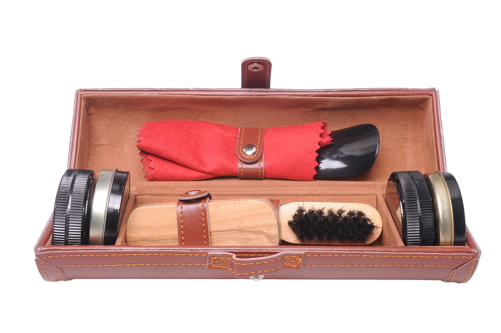 The Chelsea Boot Company Shoe Care kit Brown