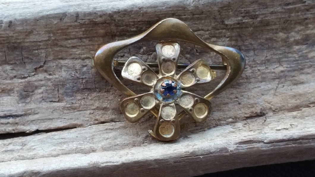 Blue rhinestone Art Nouveau flower brooch