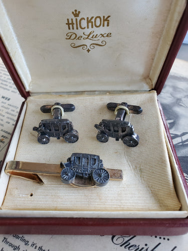 Vintage Hickok De Luxe Wells Fargo stagecoach cowboy cufflinks and tie clip in box collectible