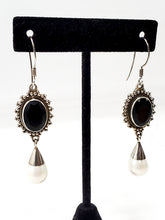 Vintage Sterling silver Natural pearl and black onyx sterling silver drop earrings 925