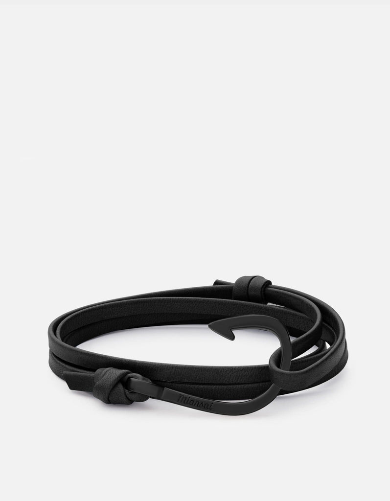 Hook on Leather Bracelet, Noir | Men's and Women's Bracelets | Miansai