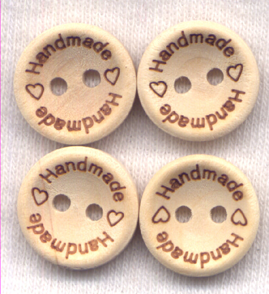 Handmade With Love Buttons Natural Wood 15 mm (5/8 inch) Set of 12/BT267