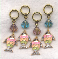 Tropical Fish Knitting Stitch Markers Blue Rhinestone Sea Shell Set of 4 /SM169