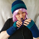 Cloche Hat and Fingerless Gloves Set Skate Boarder Beanie CT005