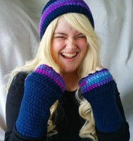 Cloche Hat and Fingerless Gloves Set Skate Boarder Beanie Very BerryTweed  CT007