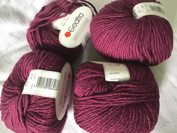 Gedifra Living superwash wool yarn Burgundy 2 balls 50gm each