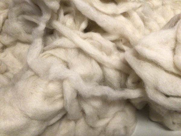 White Icelandic Wool Roving Spinning 4 ounces