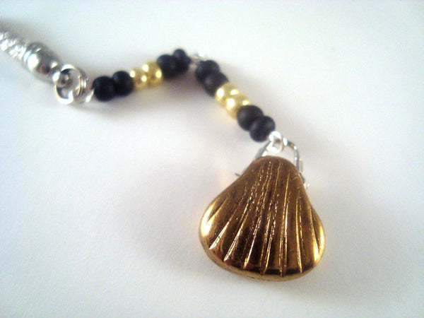 Gold Seashell Cellphone Charm CH043