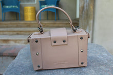 Jane Tortoise Ring Boxy Bag