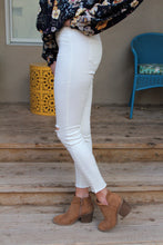 Maricel Knee-Cut Leggings