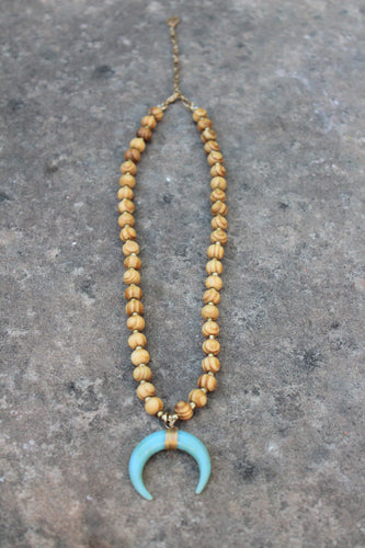 Milagros Beaded Horn Pendant Short Necklace