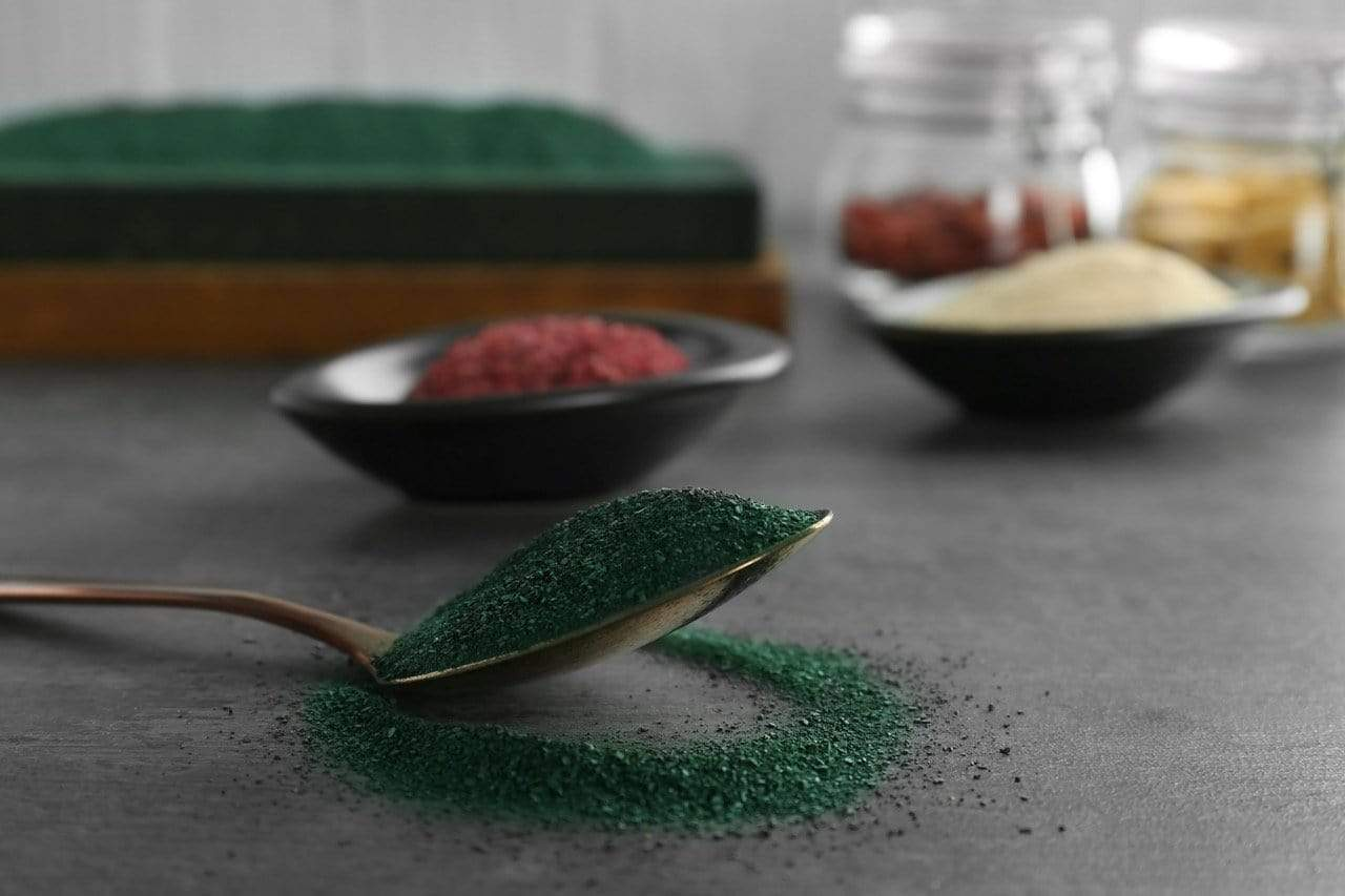 6 Ways to Add Spirulina to Breakfast