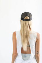 Load image into Gallery viewer, HANALEI MOUNTAIN SNAPBACK HAT