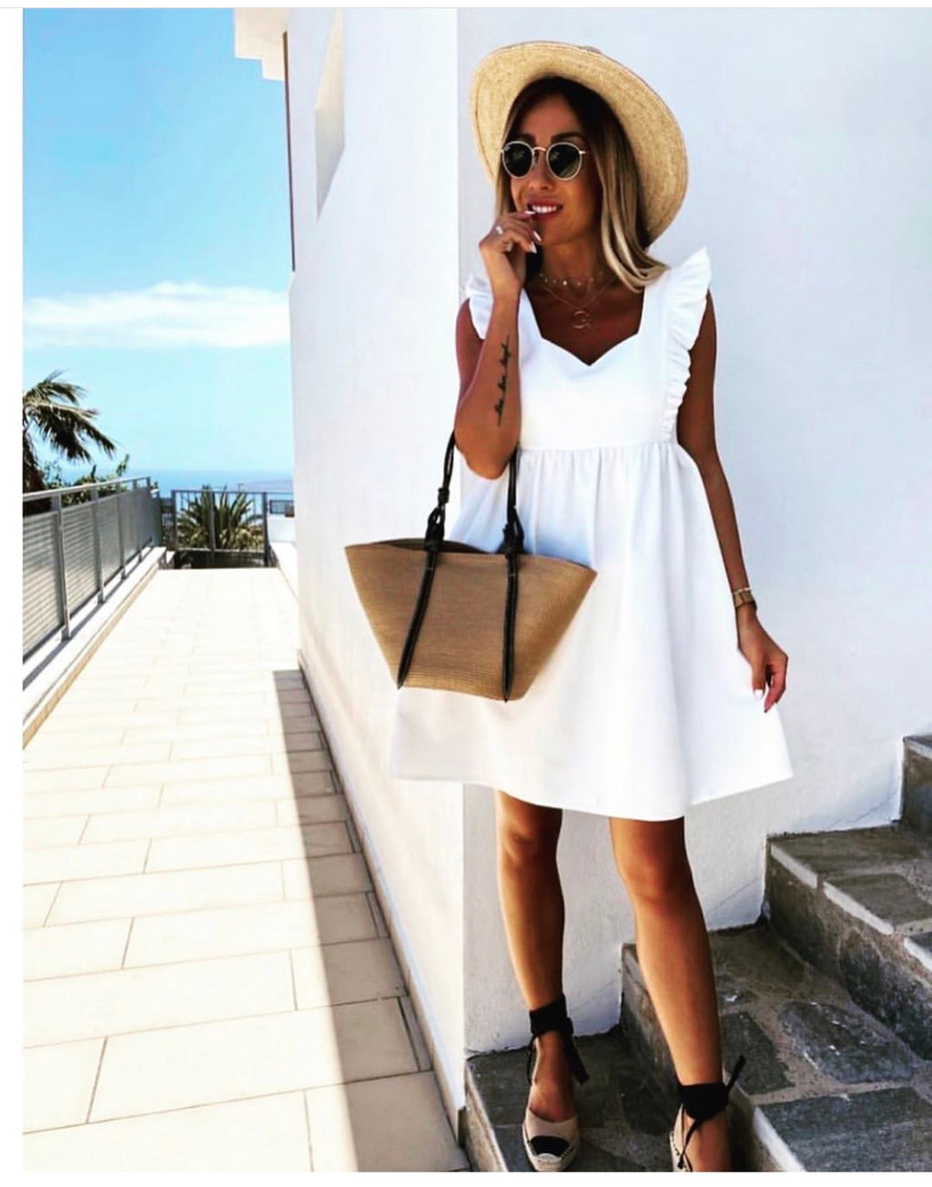 The Sleeveless Florence Dress - Bella Boutique
