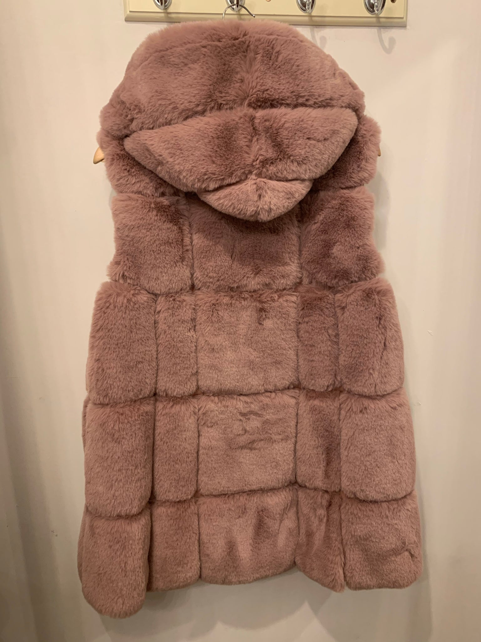 Eva Hooded Faux Fur Gilet - Bella Boutique