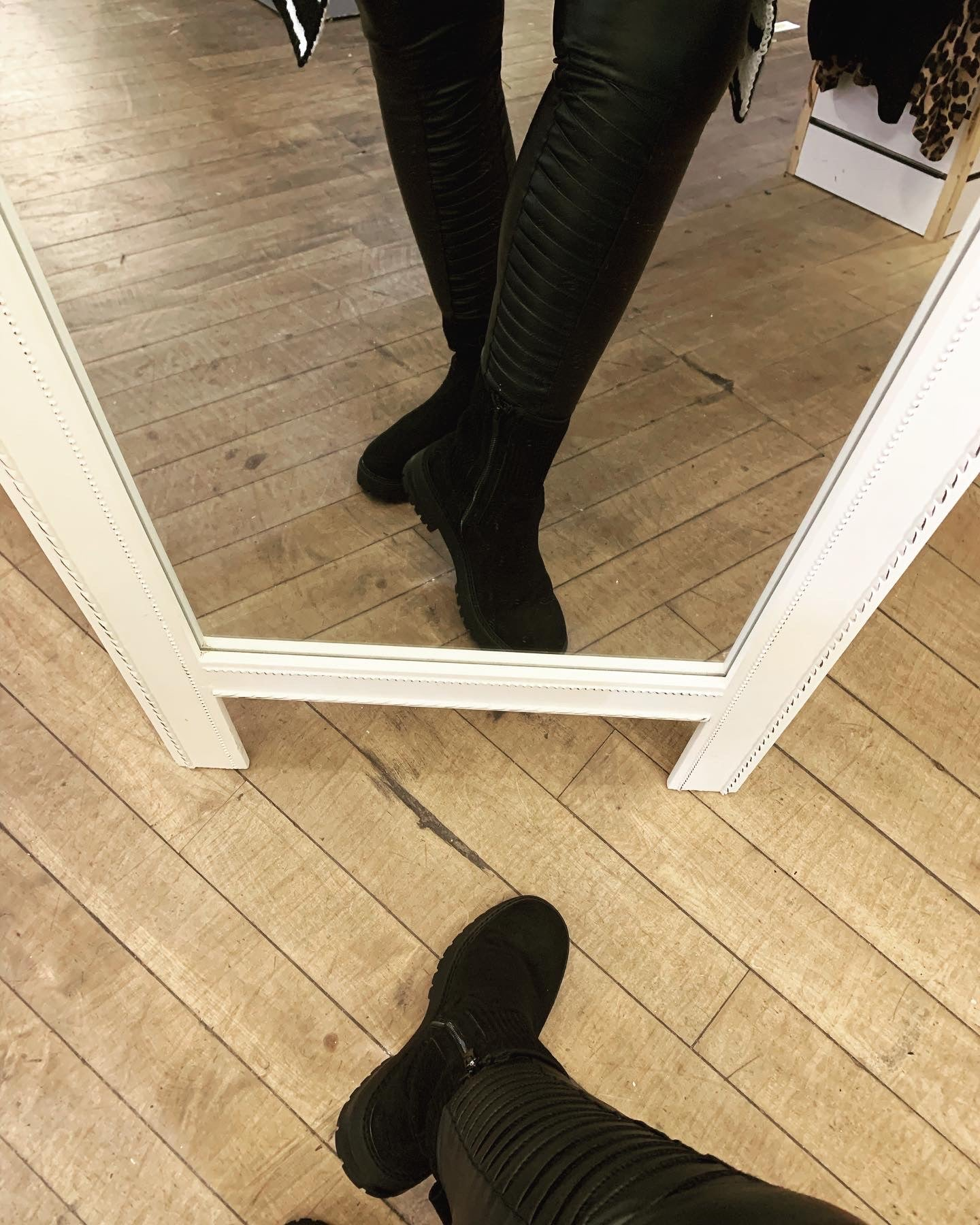 The Biker wetlook ribbed detail stretch black leggings - Bella Boutique