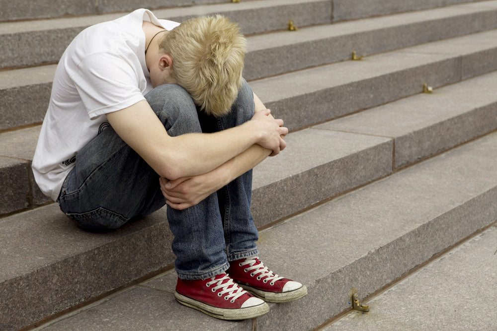 Youth Ministry Essentials: 6 Steps to Helping Hurting Students