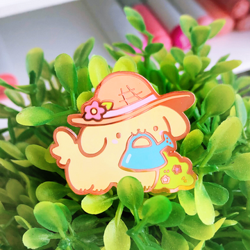 Garden Retriever Pin