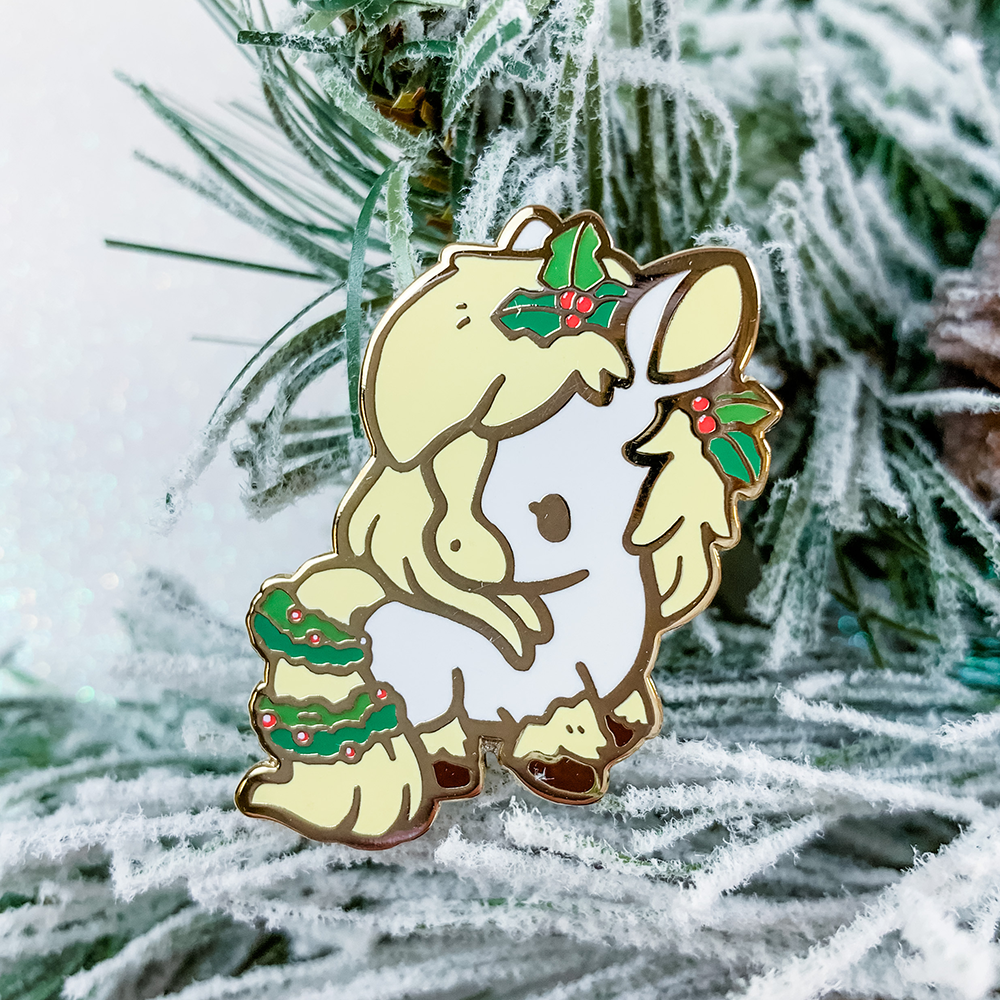 Holly Horse Pin (Open Edition: White)