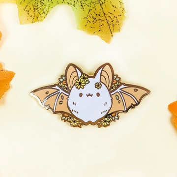 Black Eyed Susan Bat Pin (Limited Edition: White)