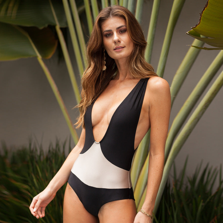 NUDE / BLACK LUI ONE PIECE
