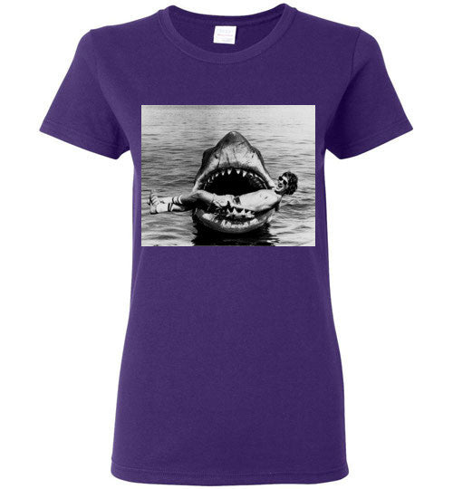 JAWS Movie Steven Spielberg Taking a Break Rare Vintage Style, Gildan Ladies T-Shirt