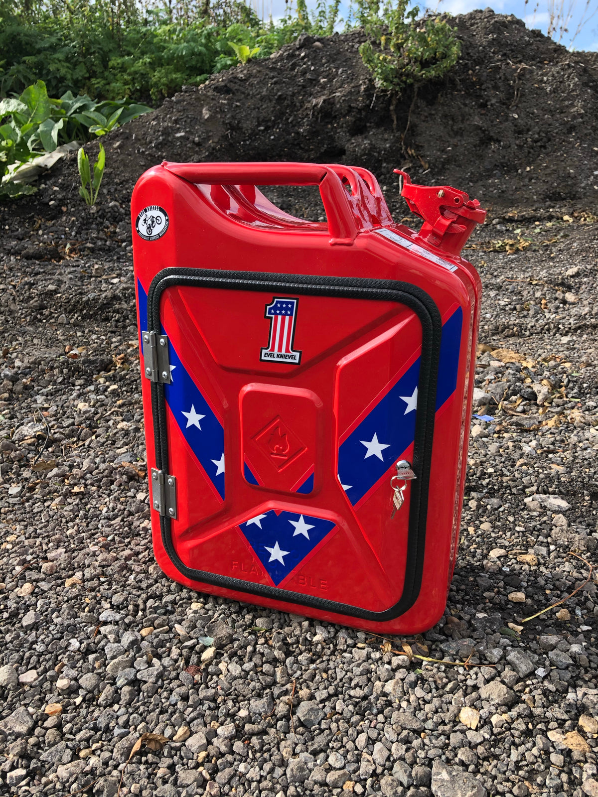 Red Evel Knievel Jerry can craft beer/soft drink bar(licensed)