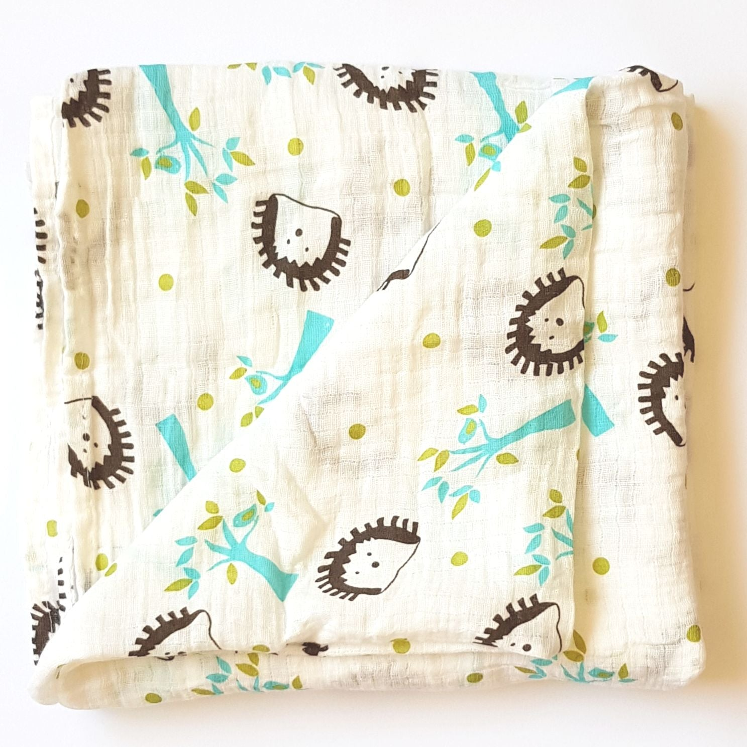 Muslin Tree Swaddle - Hedgehog