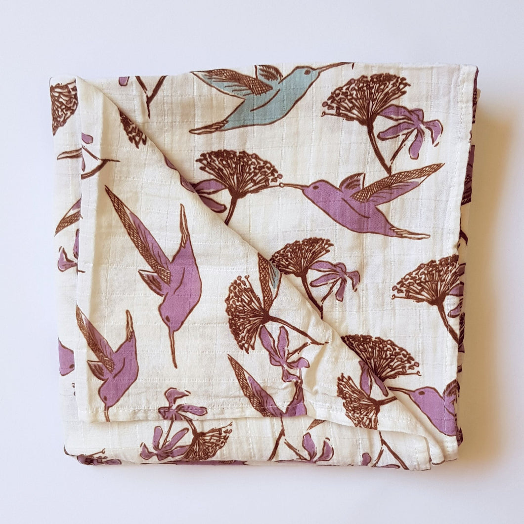 Muslin Tree Swaddle - Hummingbird
