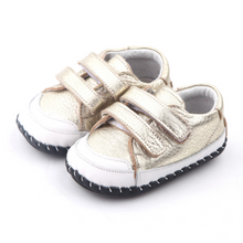 Load image into Gallery viewer, Love Gold Baby Shoes