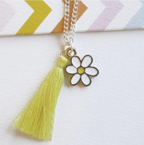 Daisy Necklace by Lauren Hinkley