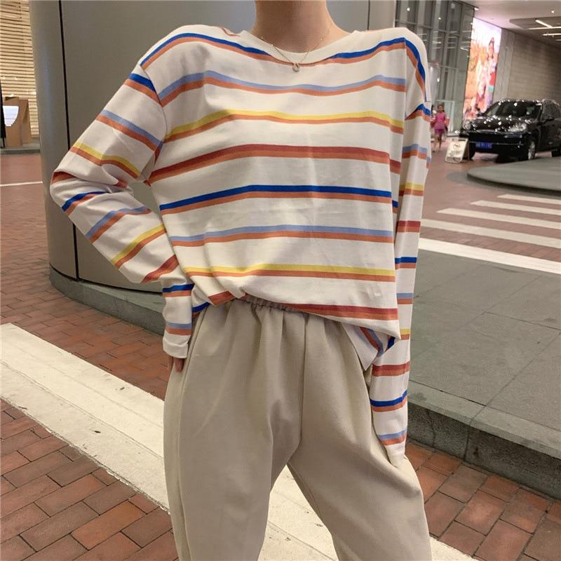 Rainbow Sweatshirt - Aesthetic Outfits