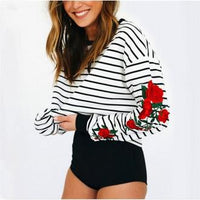 Roses Embroidered Sweatshirt - Aesthetic Outfits