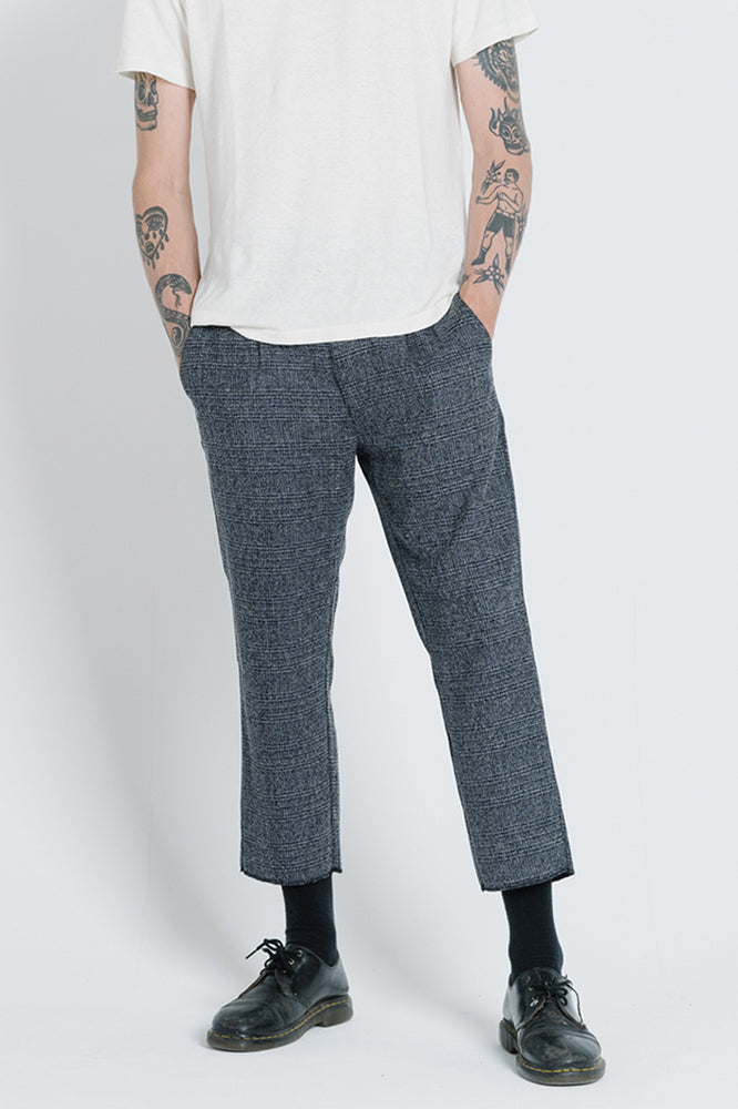 Load image into Gallery viewer, Friz Chopped Chino - Navy