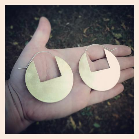 Disc Earrings with Rectangular Cutout