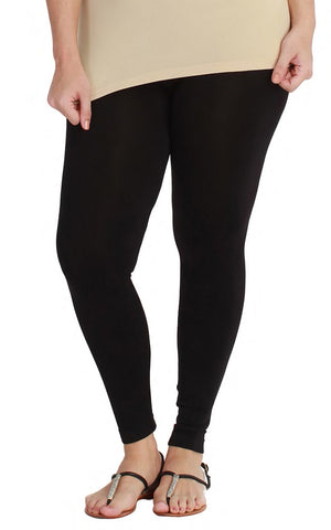 XL Leggings in Black
