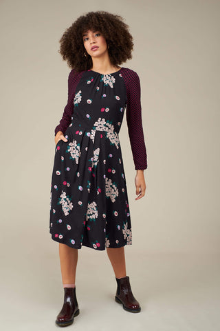 Stephy Dress in Winter Blossoms