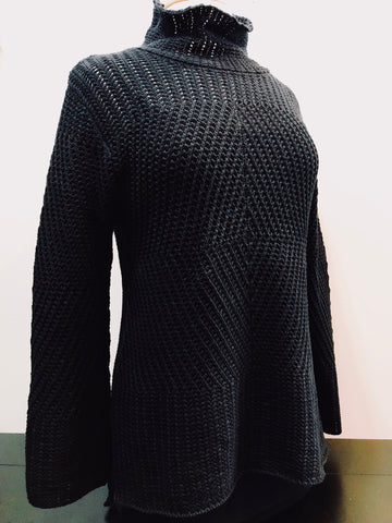 Chunky Cowl Sweater in Black