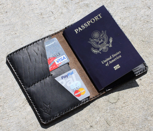 Handmade Cover or Wallet for Passport SINGRAPHUS Horween Leather Black on Black Chromexcel