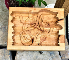 Valet Catchall Dump Tray 3D wood carving Kraken Baltic Birch wood 12x10