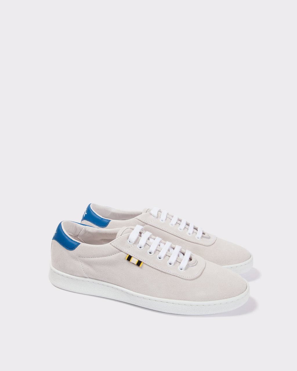 APR002 - Suede - White/Blue